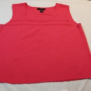 Cable & gauge woman size 1x hot pink top